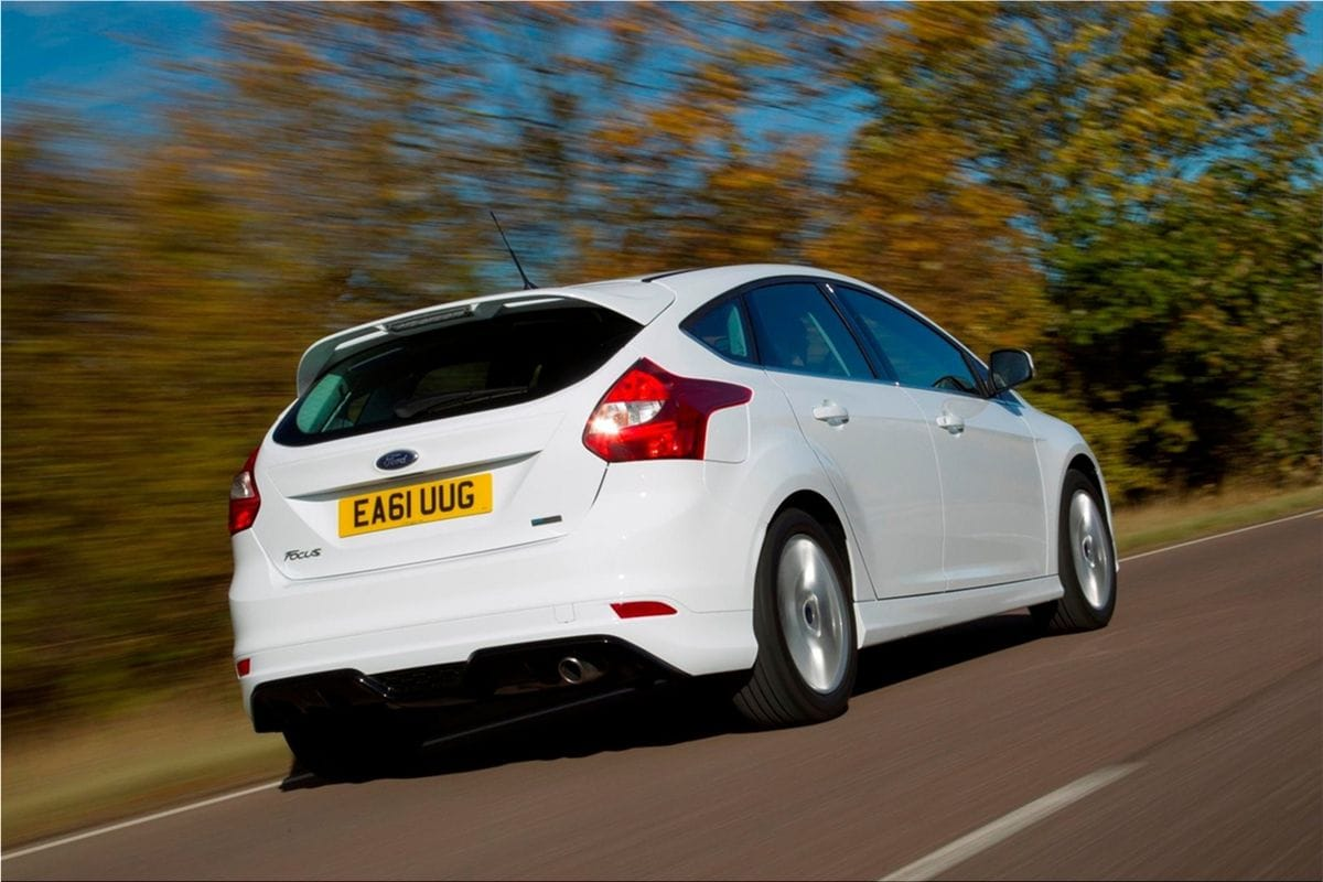 ford focus zetec  sporty stylingford car pictures