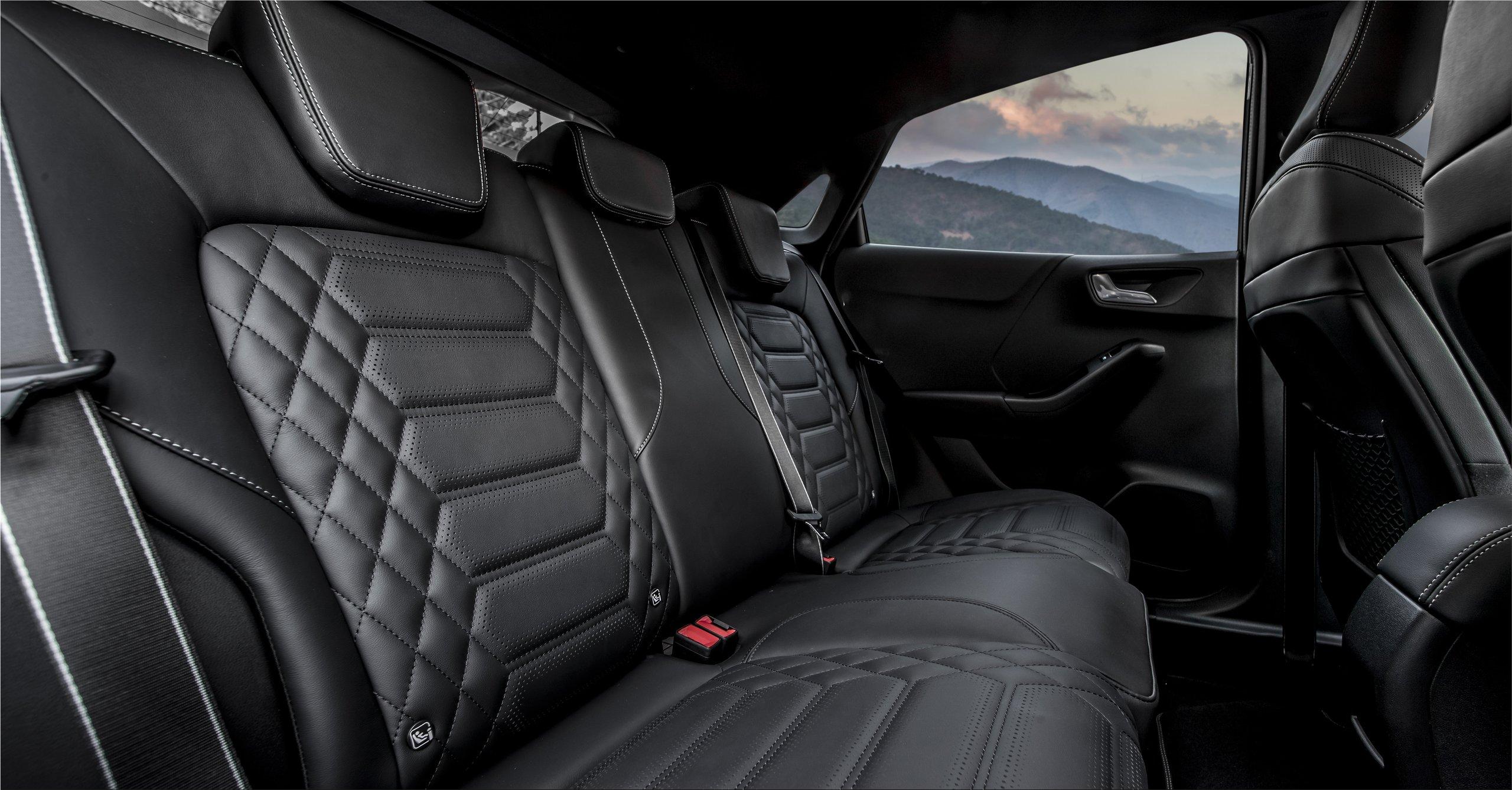 The luxurious Ford Puma ST-Line Vignale | Car Division