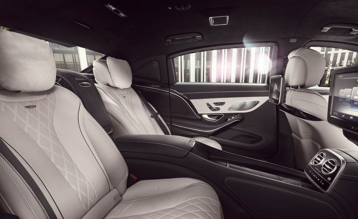 Mercedes Maybach S600 Pullman Guard Can Withstand Bullets And