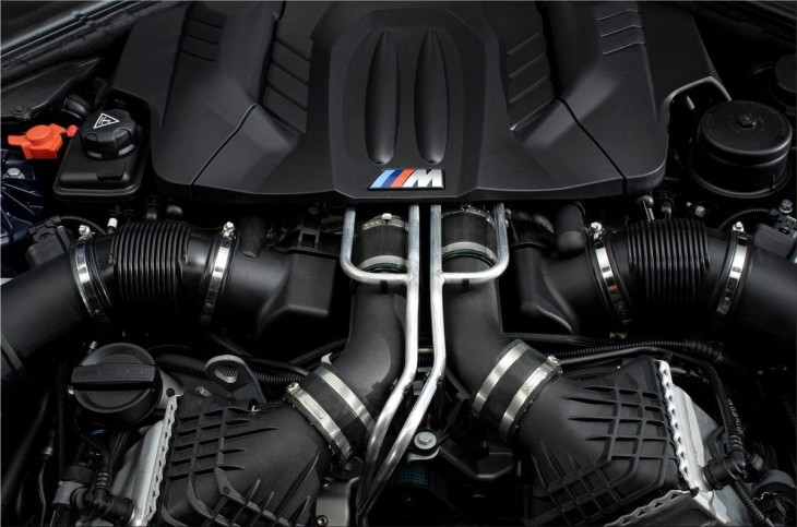 BMW M6 Coupe engine