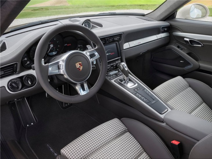 Porsche 911 50 Years Edition interior