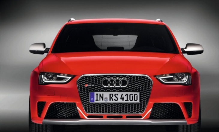 Audi RS4 Avant -  performance and everyday practicality