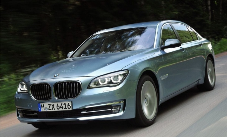 BMW 7 ActiveHybrid luxury sedan