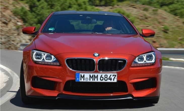 2013 BMW M6 Coupe with carbon fibre-reinforced plastic roof
