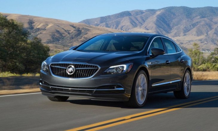 Buick LaCrosse at the 2015 North American International Auto Show