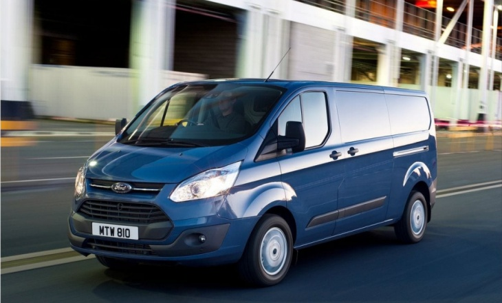 2013 Ford Transit Custom a stylish and contemporary appearance