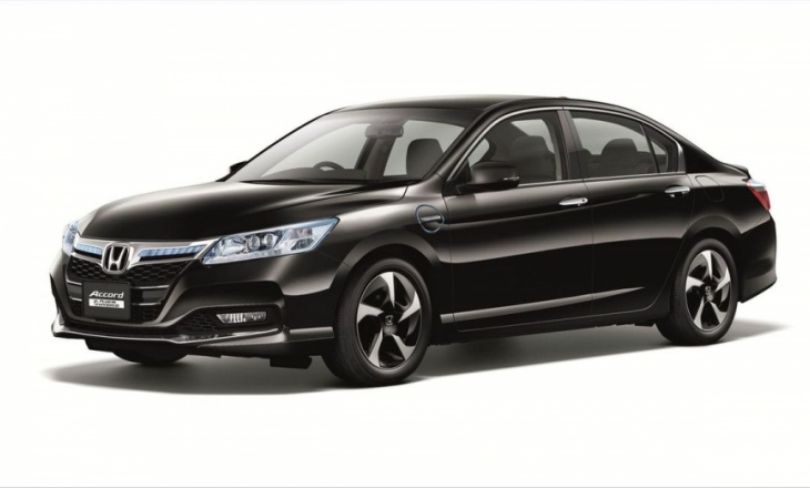 2014 Honda Accord Hybrid ultra-high fuel economy