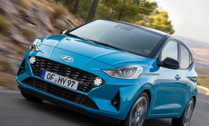 Hyundai i10 small hatchback with dynamic character