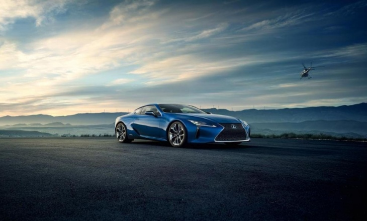 Lexus LC 500h with hybrid power