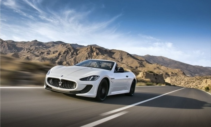 Maserati GranCabrio MC - exceptionally energetic and forceful look