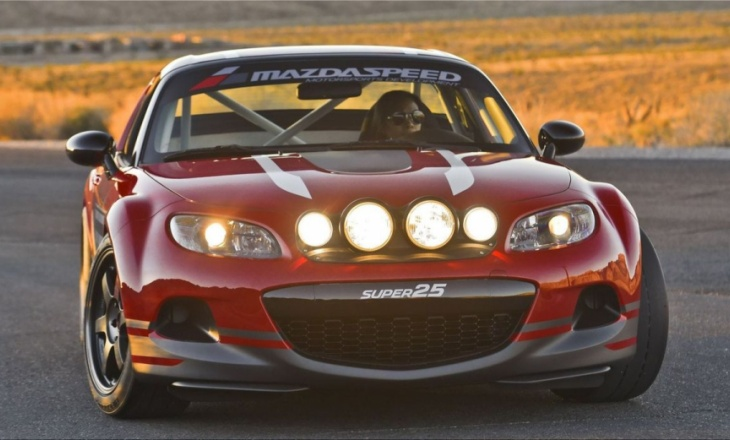 Mazda MX-5 Super 25 Concept on 17-inch Volk Racing T37