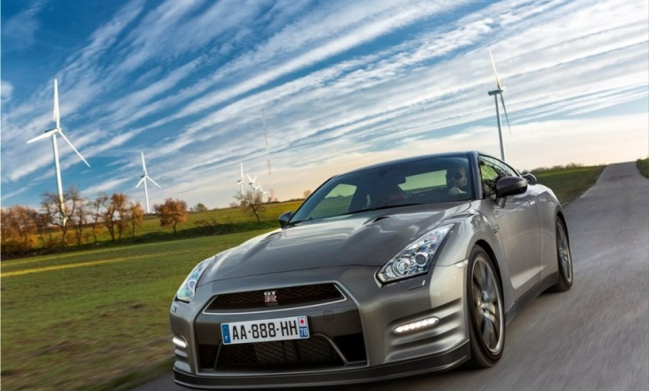 Nissan GT-R a four-wheel-drive super-coupe