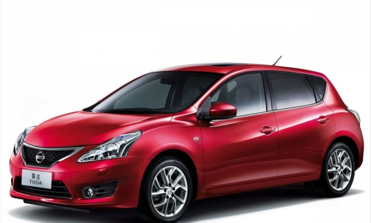 2012 Nissan Tiida PURE DRIVE revolutionary powertrain