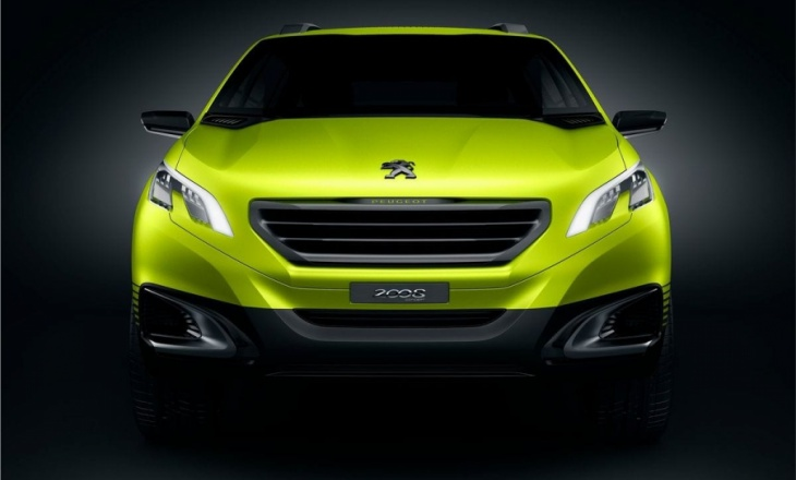 Peugeot 2008 Concept - sensuous and sophisticated