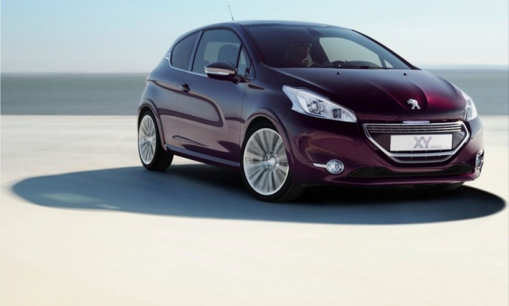 Peugeot 208 XY and GTi Concept - 1.6-litre e-HDi engine
