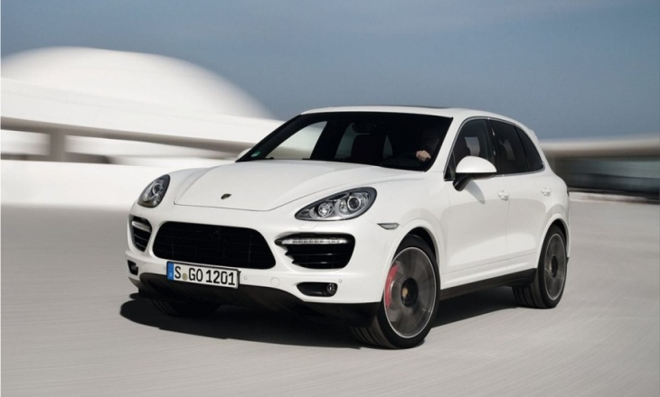 Porsche Cayenne Turbo S SUV model