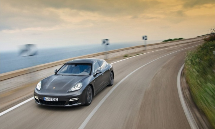 Porsche Panamera Turbo S - Porsche Intelligent Performance