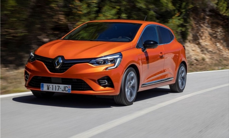 The new generation Renault Clio won the 2020 Car of the Year