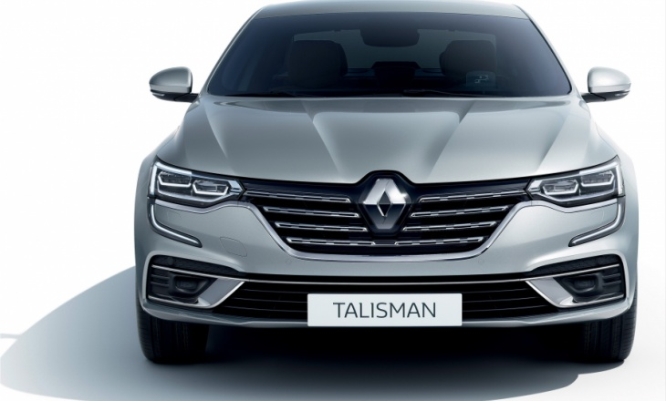Renault Talisman Initiale Paris with the latest technology