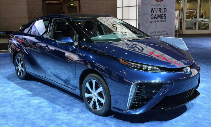 Toyota Mirai at 2014 Los Angeles Auto Show