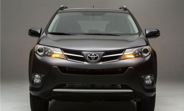 Toyota RAV4 fourth generation crossover SUV