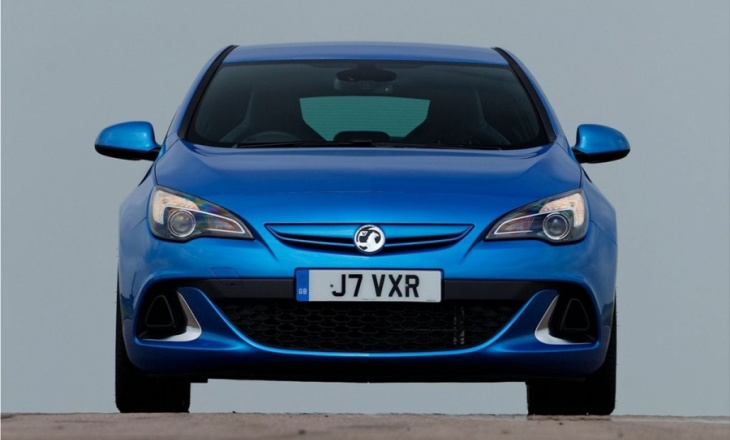 Vauxhall Astra VXR 0-60mph in 5.9 seconds