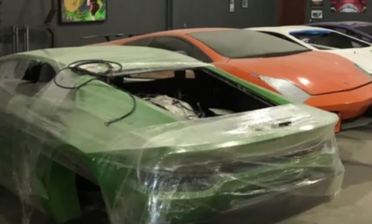 Brazilian police closes fake Lamborghini and Ferrari factory